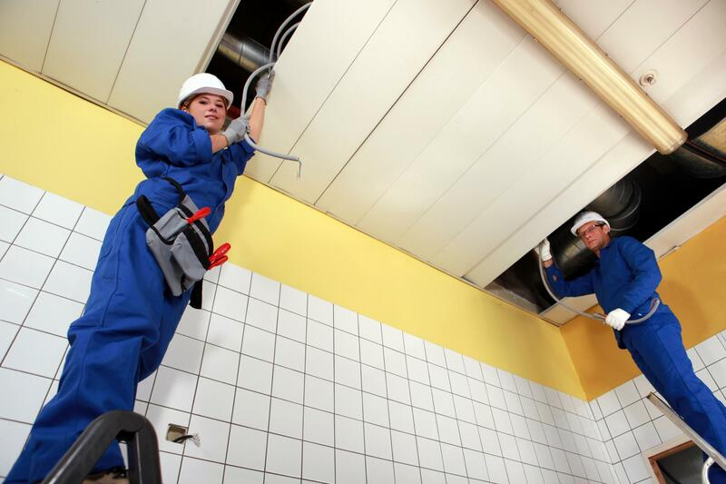 commercial electricians in brisbane